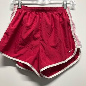 Nike athletic shorts running boxing loose lined B2